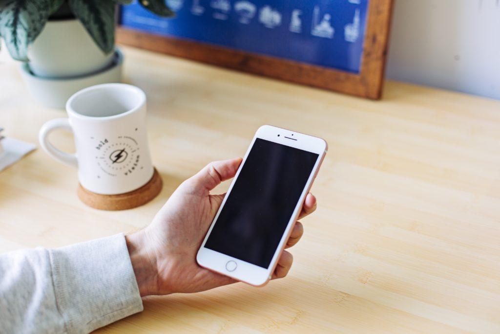 kontakt z wirtualną asystentką ISD